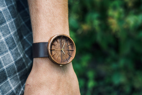 Ovi Wooden Watch Cursus made of walnut wood with swiss movemetn and leahter strap 42mm for men