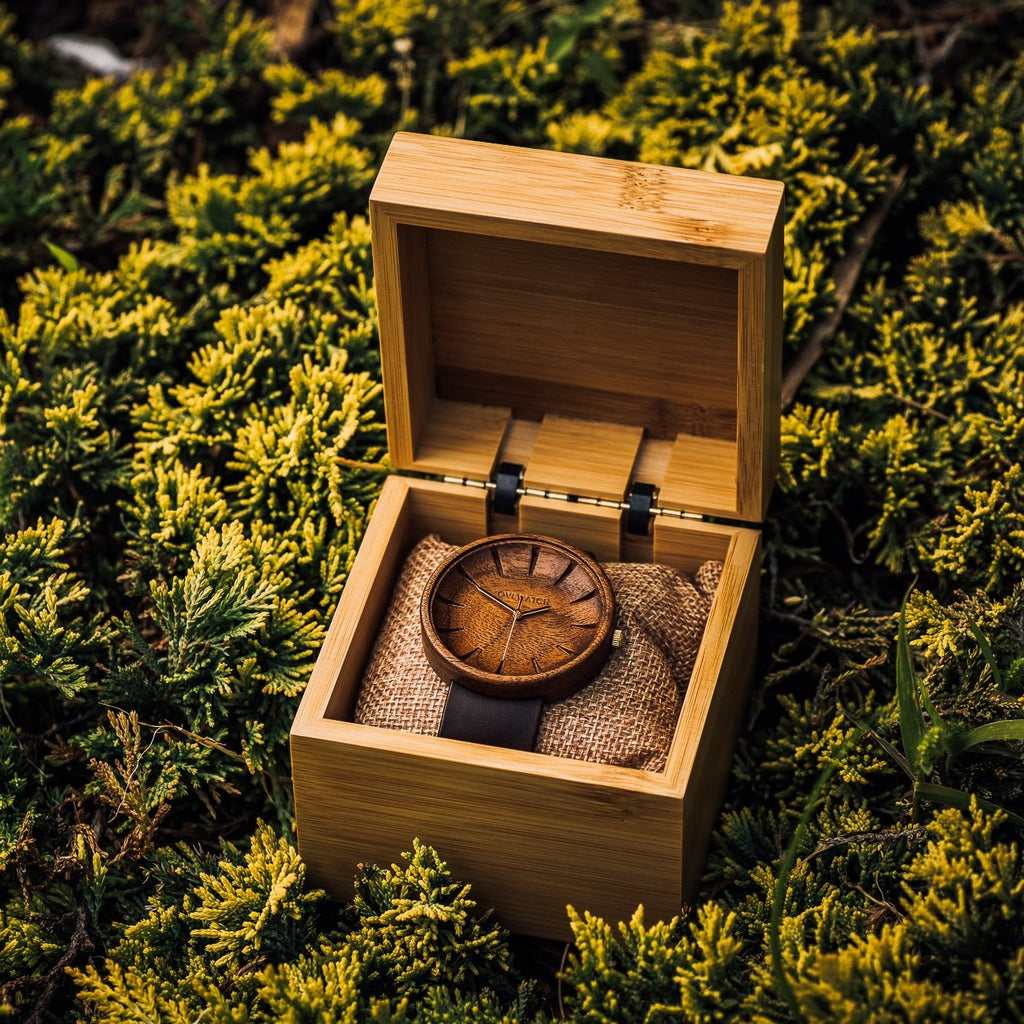 Men's Walnut Wood Watch