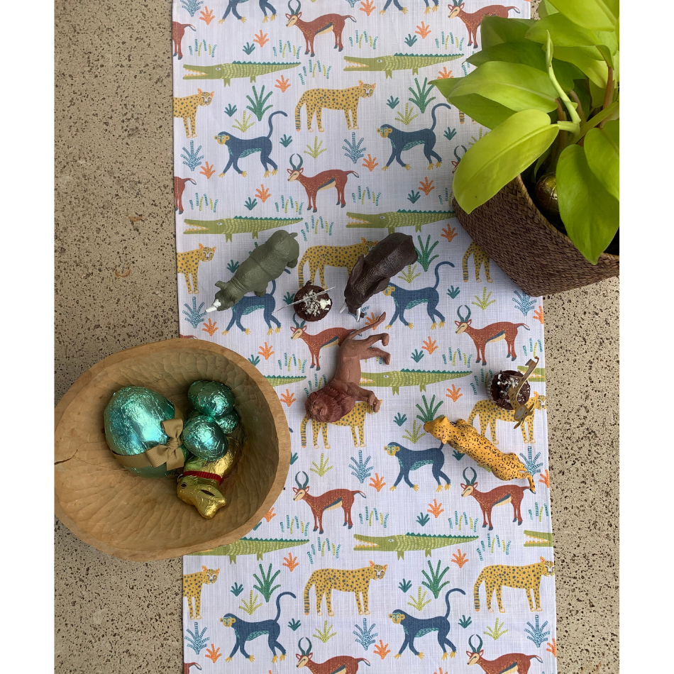 Table Runner Safari Day