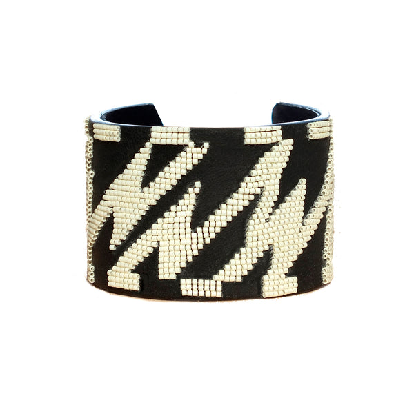 Jean wide beaded bangle