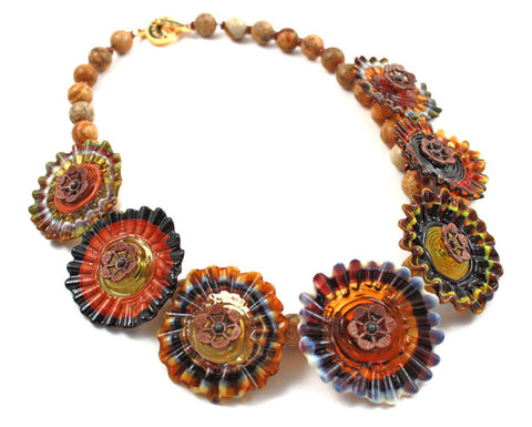 Brown Hills Necklace | The Flower Necklace Collection