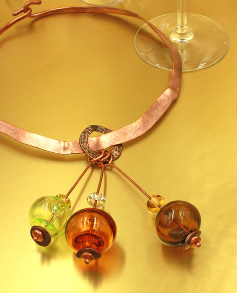 Laverne Necklace | Champagne & Bubbles Collection