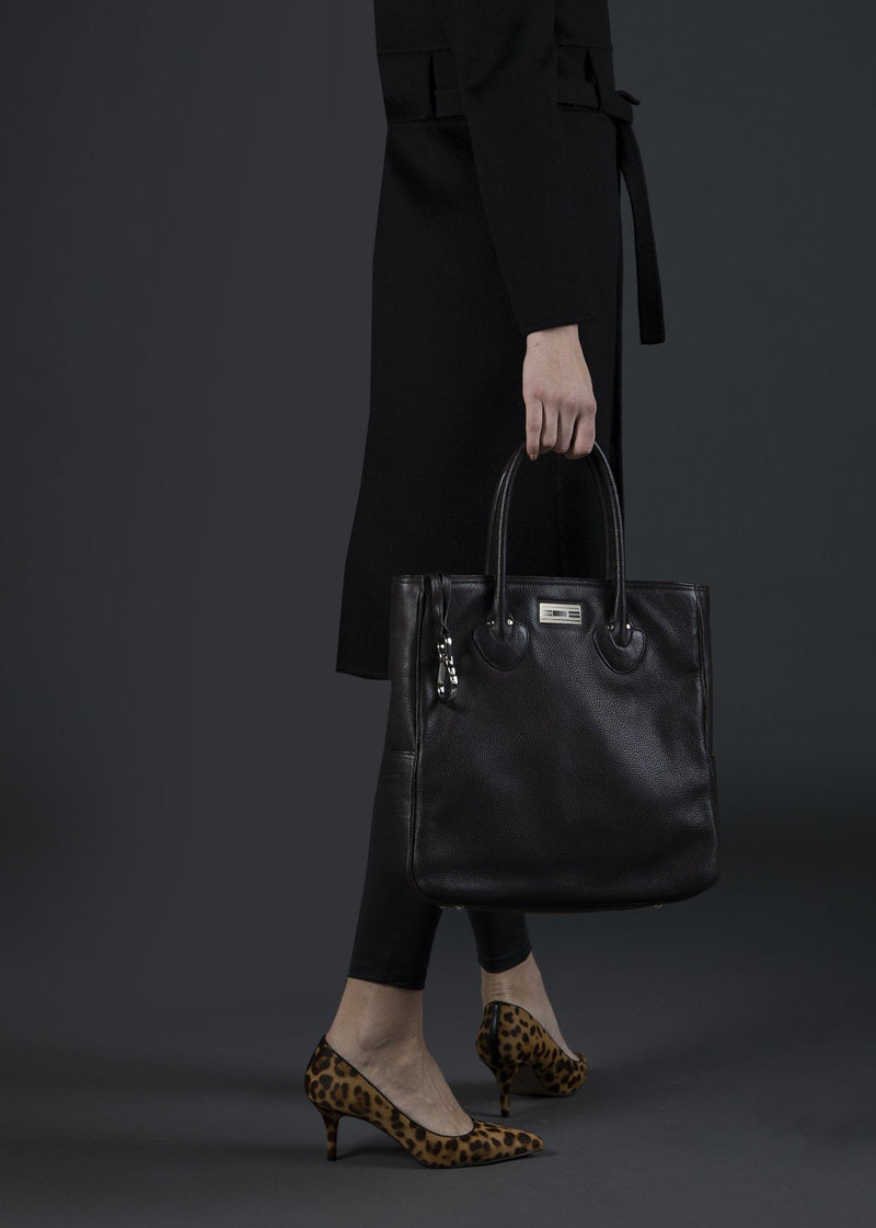 Model carrying Brown Leather Essex Tote - Darby Scott