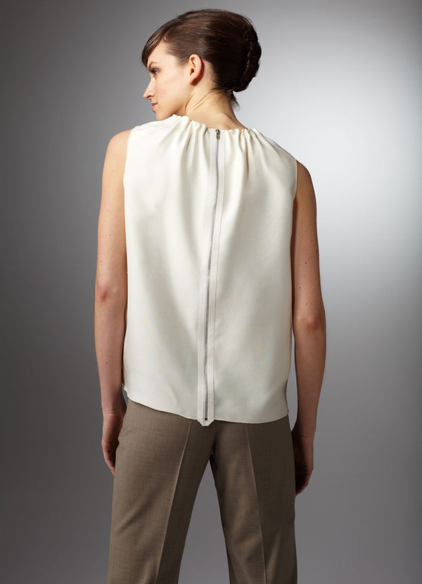 Back zipper on sleeveless ivory shell in silk dupioni - Darby Scott--alternate