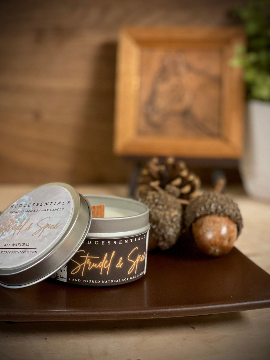 Strudel & Spice ~ Natural Hand Poured Soy Candle (Tin Jar)