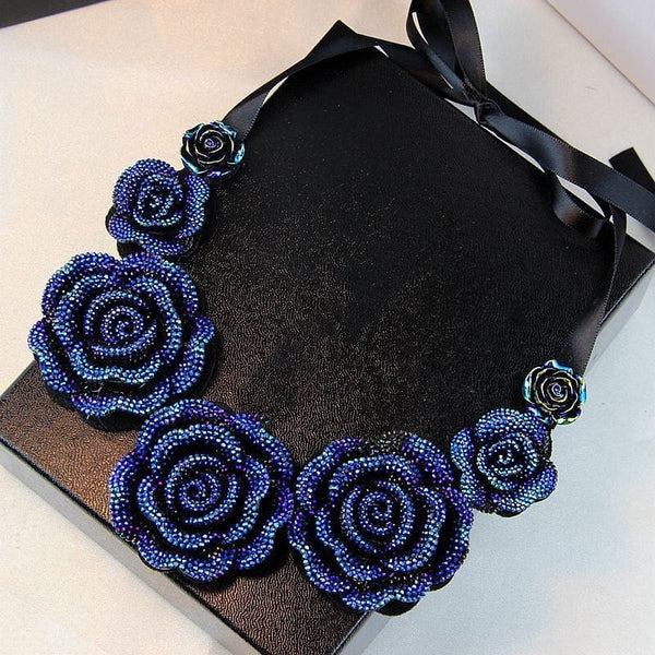 Crystal Roses Pendant Choker Necklace