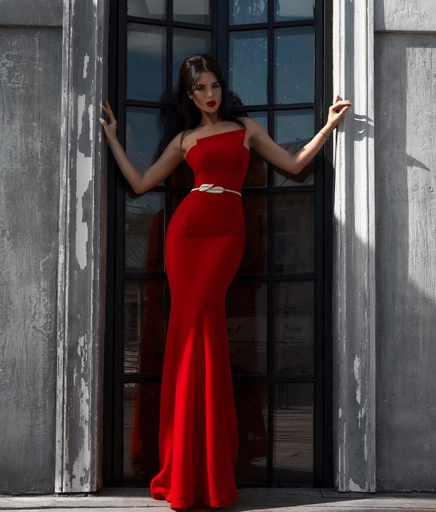 Fitted Red Mermaid Nicole Bakti Gown