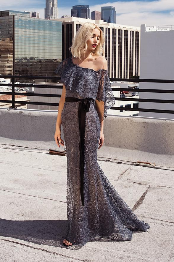 6943 Nicole Bakti Dress