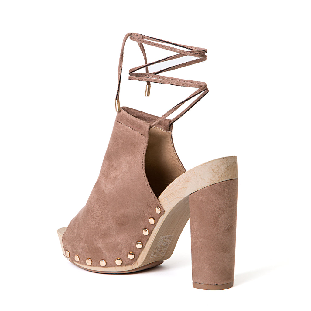 DORA TAUPE LADY COUTURE SHOES
