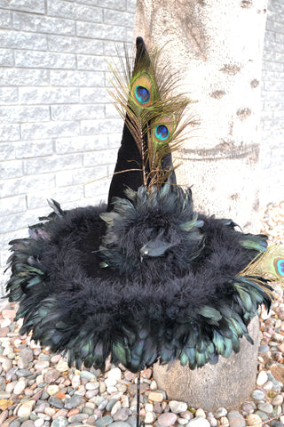 Black Raven – Witch Hat
