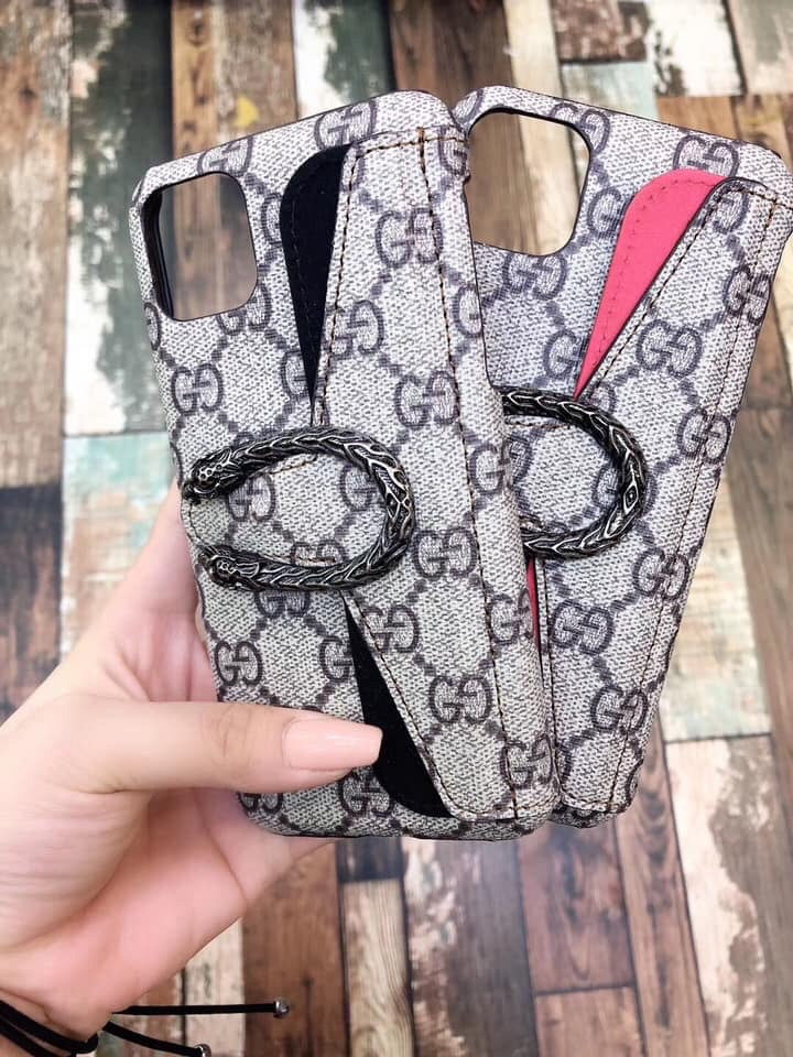Horseshoe wallet case for IPhone - The Glitzy Shop