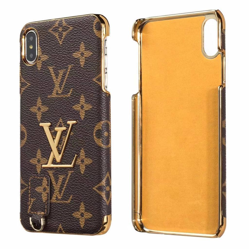 TPU case with gold emblem - The Glitzy Shop