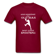 Never Underestimate An Old Man t-shirt - burgundy