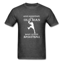 Never Underestimate An Old Man t-shirt - heather black