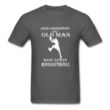 Never Underestimate An Old Man t-shirt - charcoal
