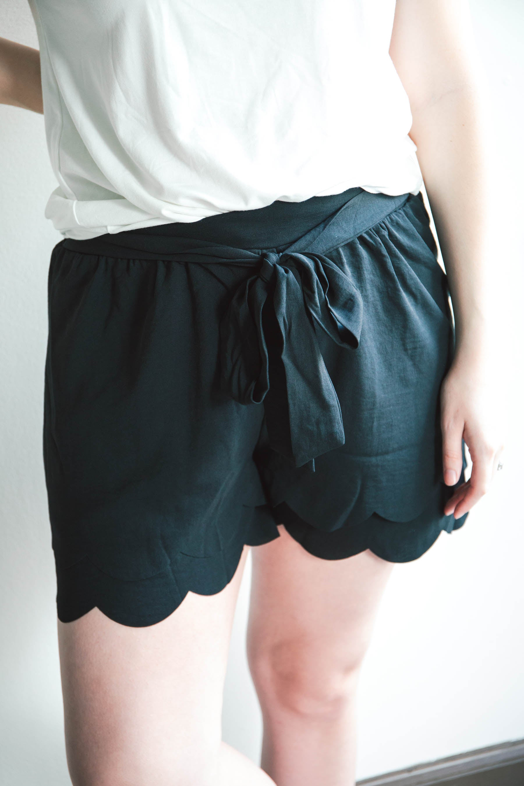 Julia Scalloped Shorts (FINAL SALE)