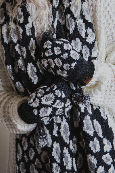 Leopard Knit Glove