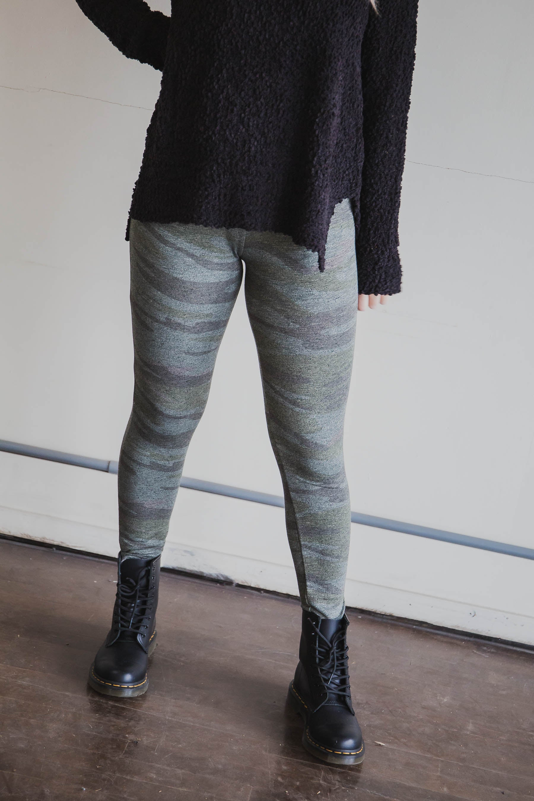 The Camo Mod Knit Leggings - Z Supply