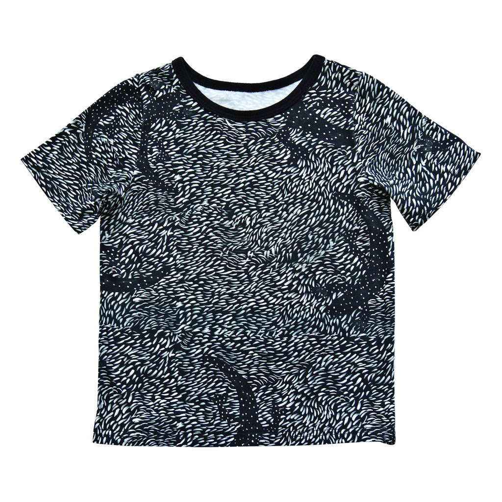 Black lizard t-shirt