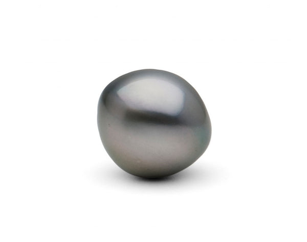 One HUGE, undrilled 17 mm button-shape Tahitian pearl