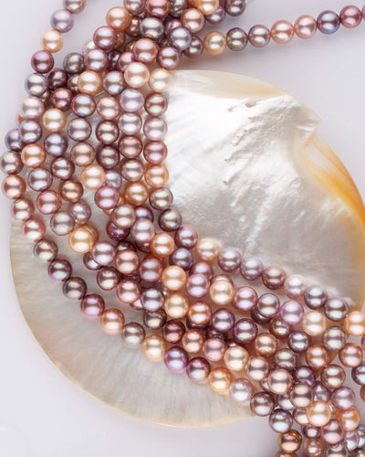 Bead-nucleated freshwater pearls with intense colors