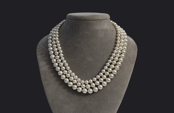 Three-row metallic freshwater pearl necklace
