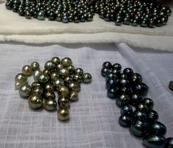 Natrual color pistachio and blue-green Tahitian pearls