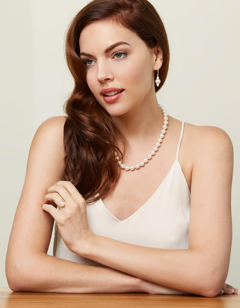 abda49a7376 Pearl Necklaces: The Expert How-to Guide on Selection - Pearl Paradise