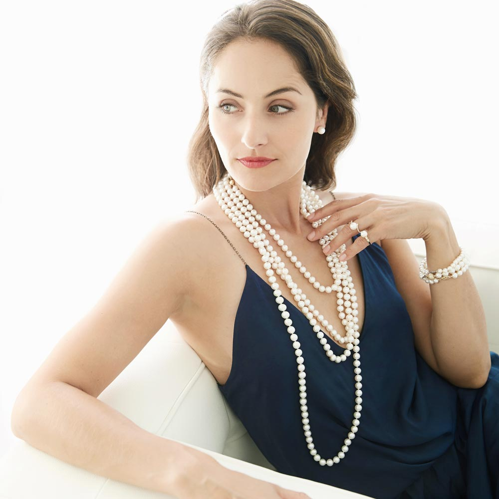 Model Wearing a Freshwater Pearl Necklace