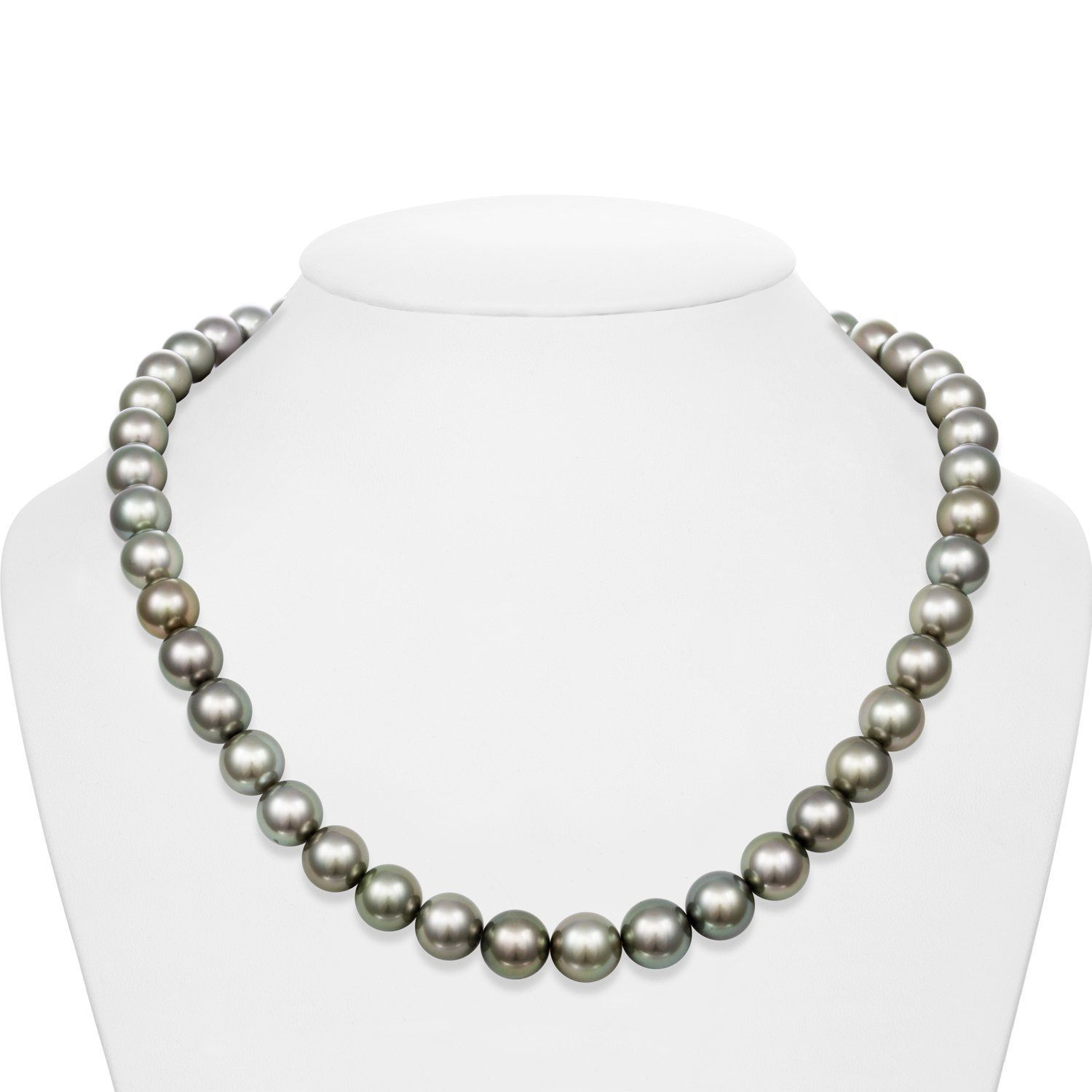 Silky Pistachio Ice Cream Tahitian Pearl Necklace