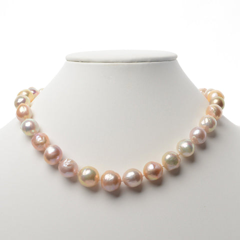 Monili Collection Phalaenopsis Orchid Clasp with Conch Pearl on 8.5-9 mm Freshadama Necklace