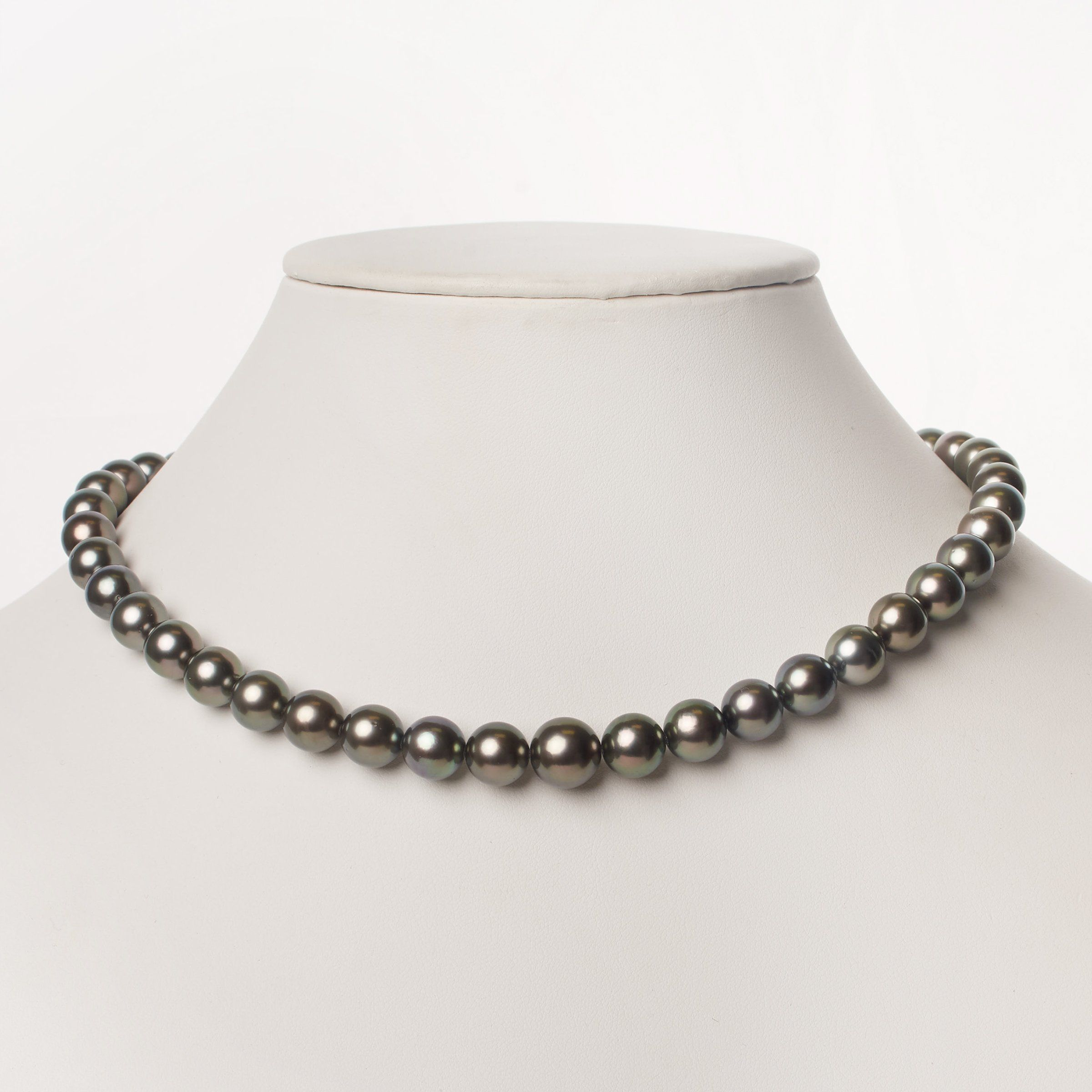 10.0-10.9 mm AA+/AAA Tahitian Round Pearl Necklace