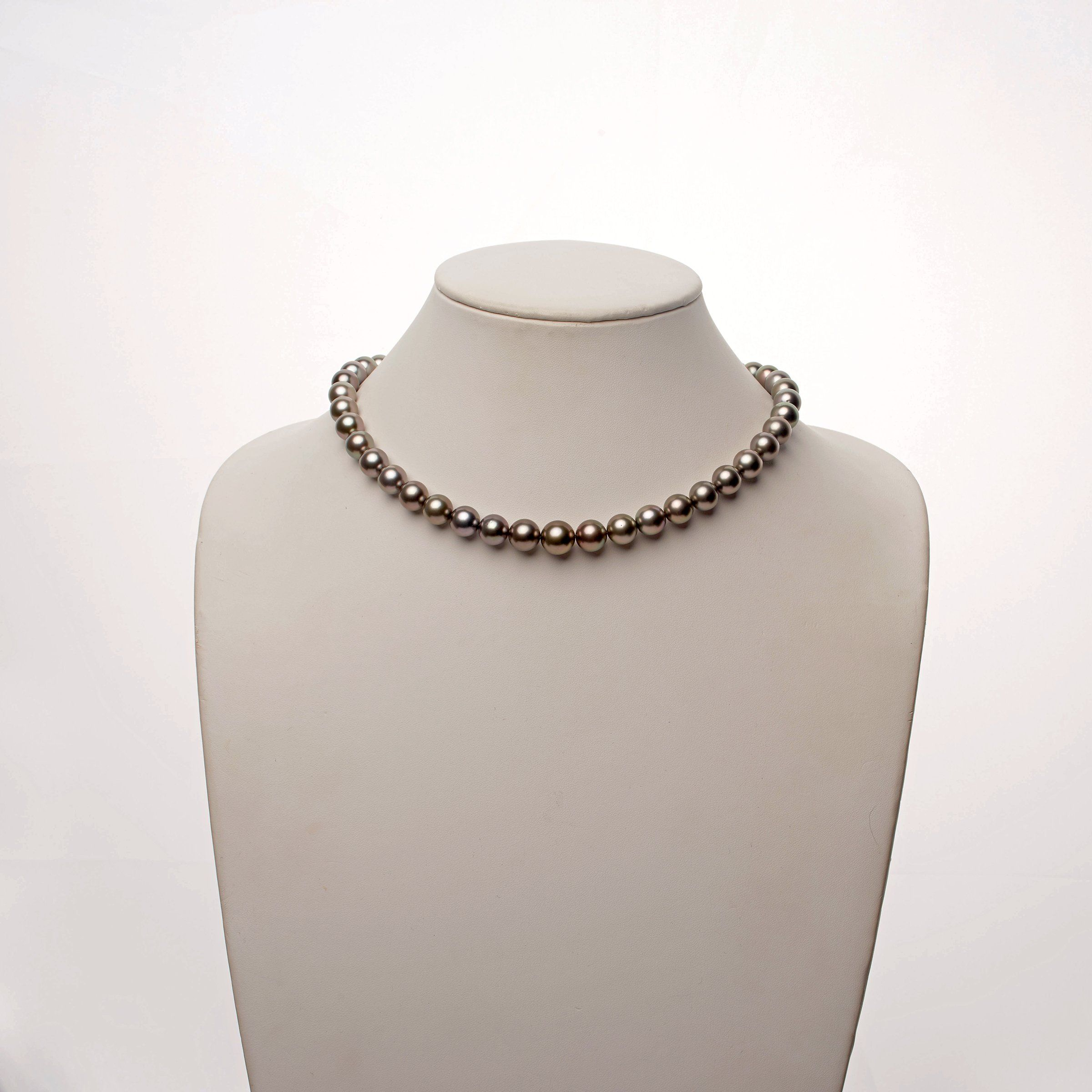 9.0-10.9 mm AAA Tahitian Round Pearl Necklace