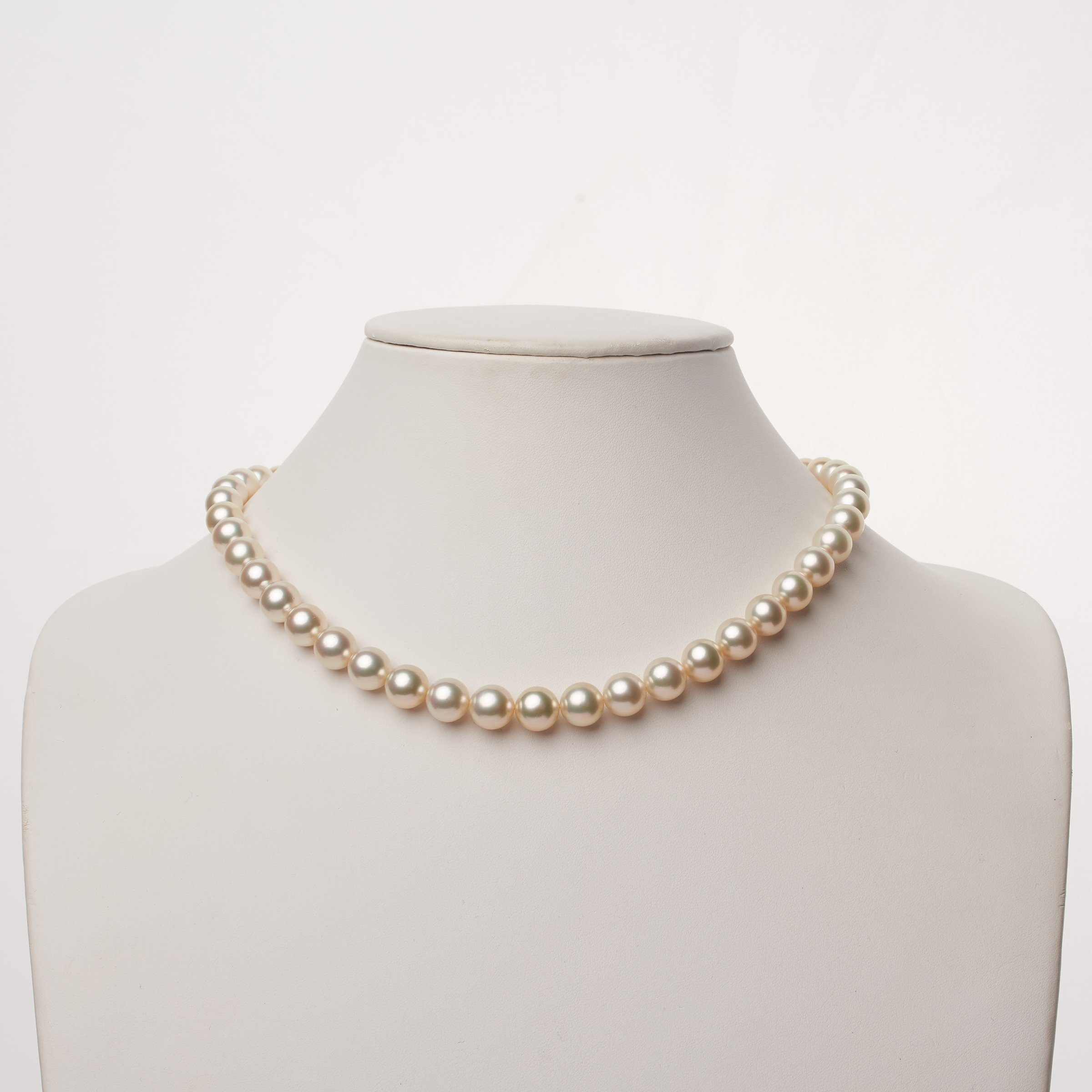 8.2-9.9 mm AA+/AAA White South Sea Round Pearl Necklace
