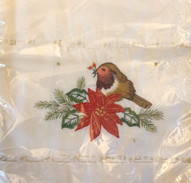 Tablecloth - Robin Red Breast