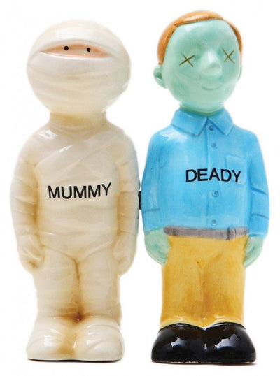 """Mummy & Deady"" Salt and Pepper Set by Pacific Trading - www.inkedshop.com"