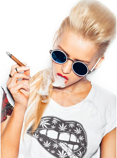 Women's Blunt Lips Tee by Tat Daddy