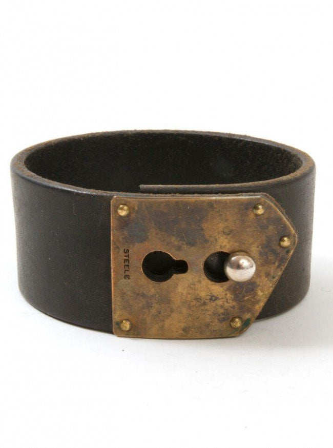 "Men's ""Stud Lock"" Cuff by Aileyan (Brown) - www.inkedshop.com"