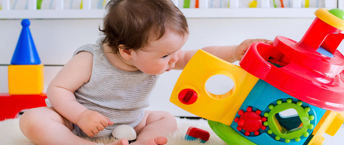 A little guide to buying toys for babies