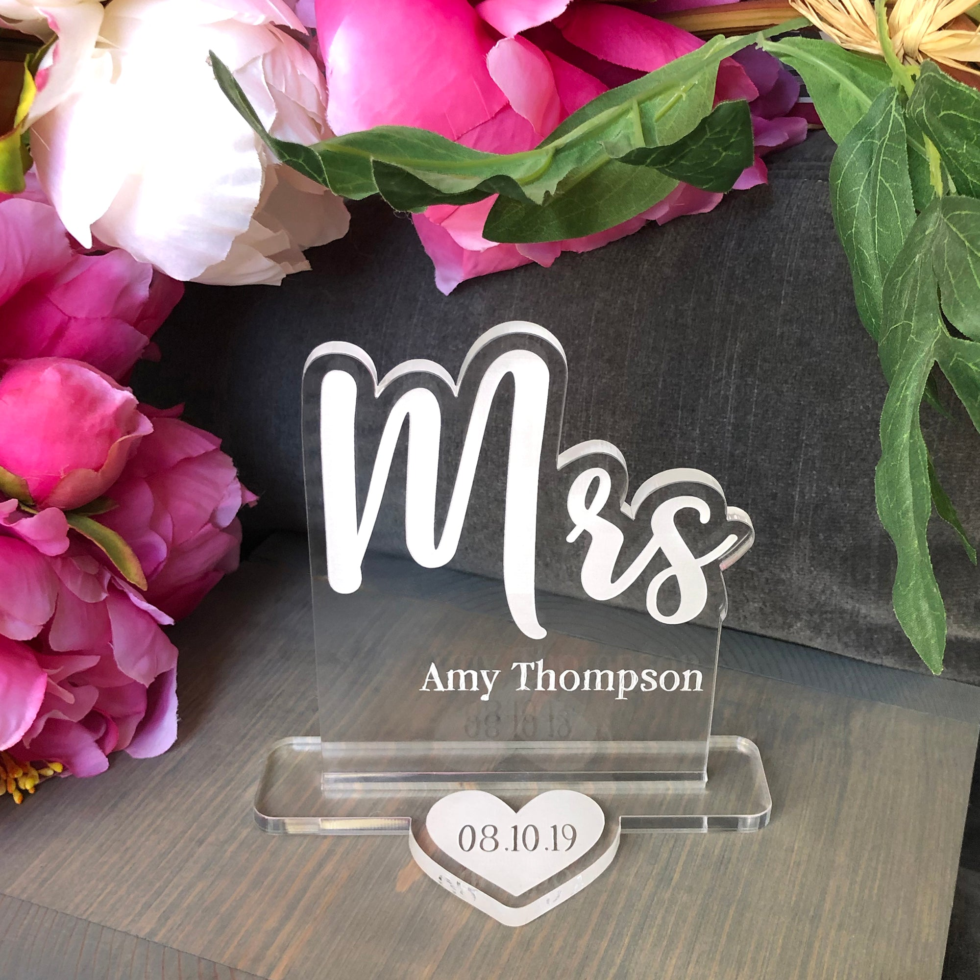Mrs Wedding Table Sign | Brit and Bee