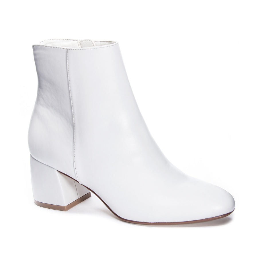 CHINESE LAUNDRY - DAVINNA 60s STYLE ANKLE BOOT