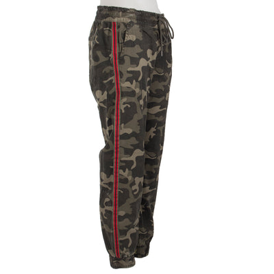 Side Stripe Camo Pant