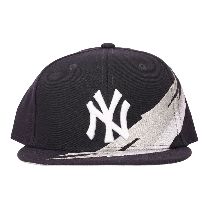 Youth Size Yankees 950 Brush
