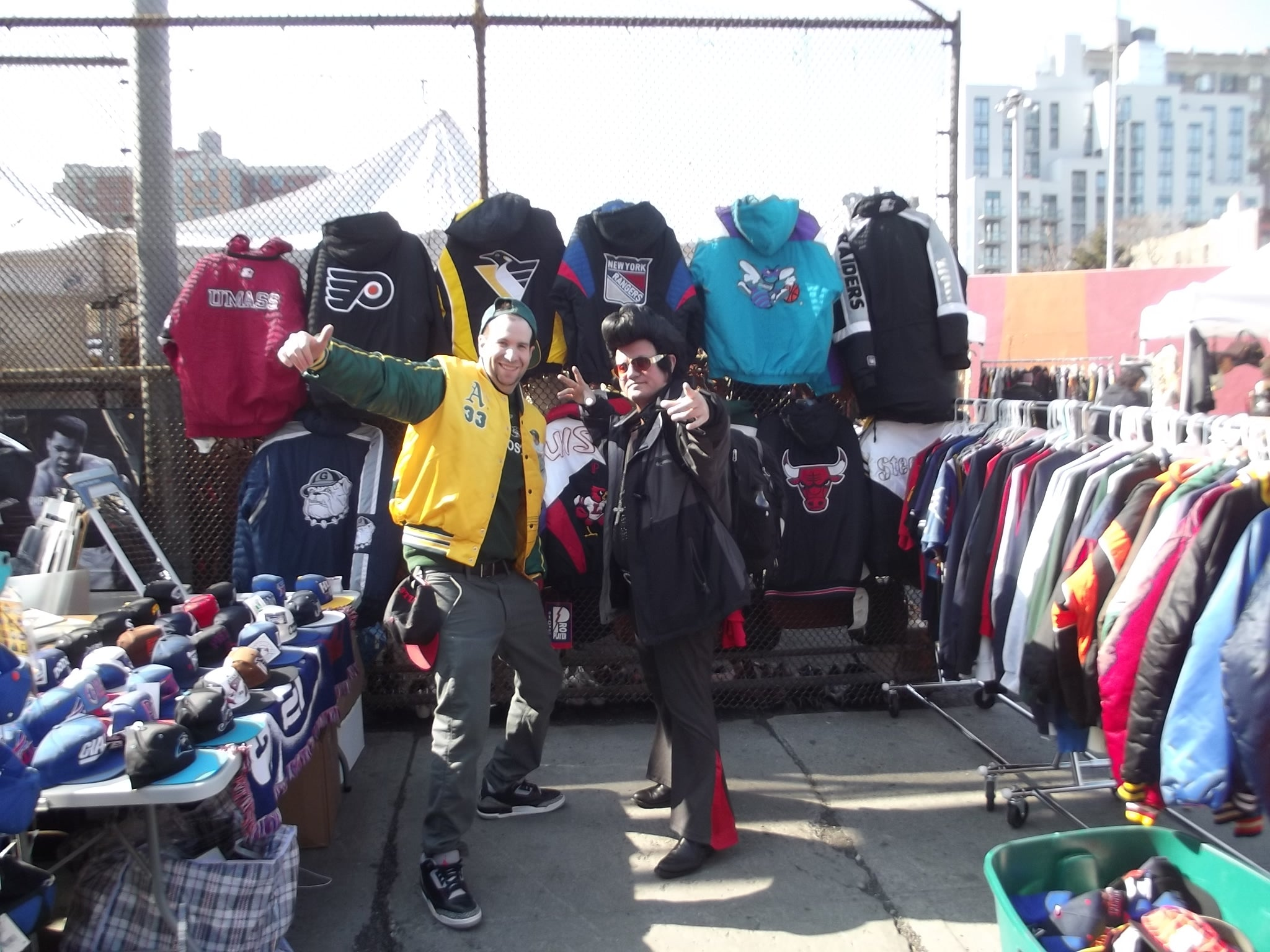 Mr. Throwback was founded in 2012 and has grown into one of North America s  premier vintage stores for 1980 s   1990 s original fashion. f4ec29afc