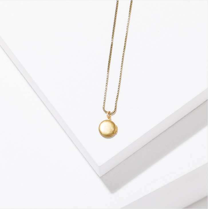 Larissa Loden Krista Necklace - Small Circle