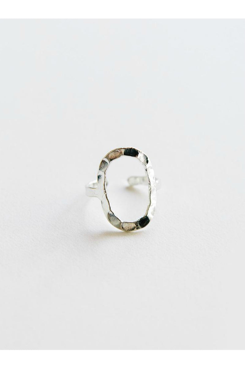 Mata Trader Hammered Oval Ring