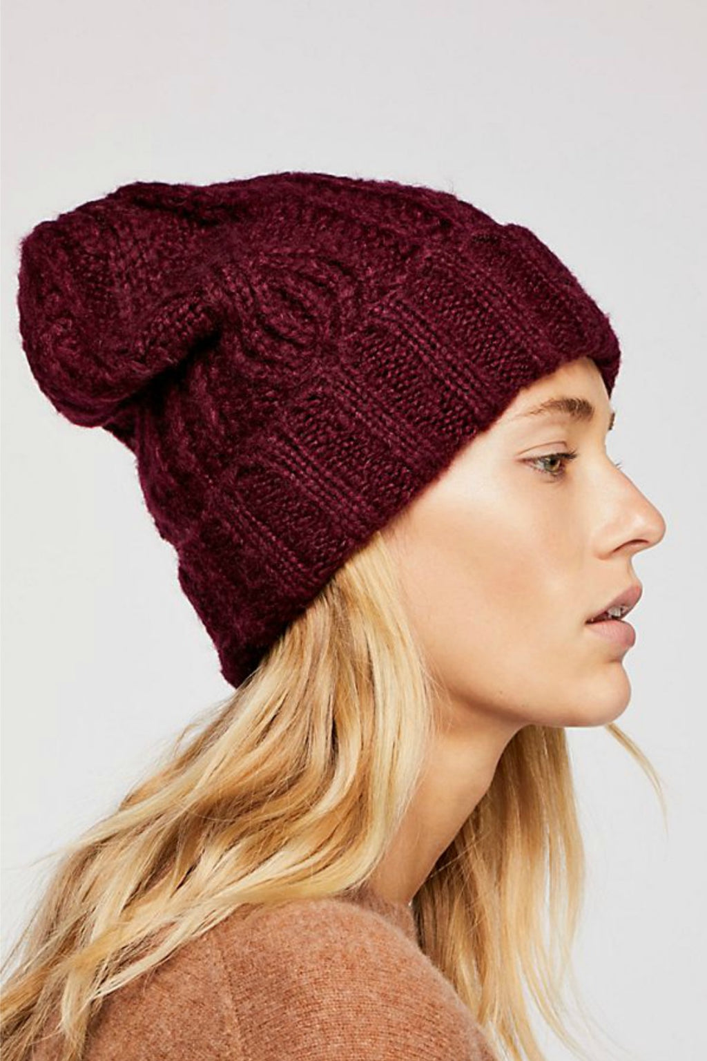 Free People Harlow Cable Knit Beanie in Wine