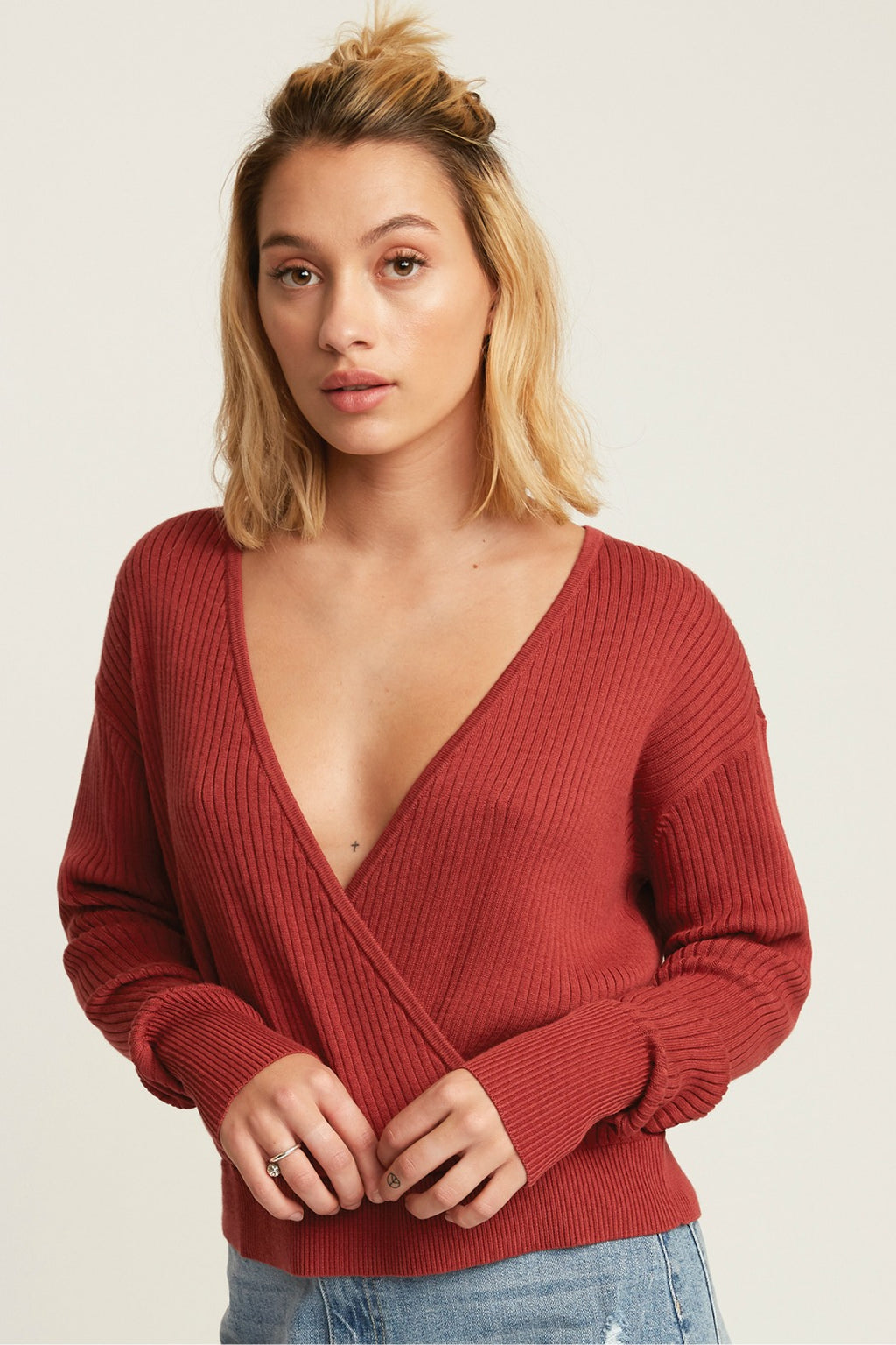 RVCA Pointed Sweater in Dusty Red