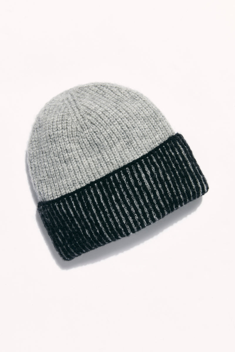 Free People Straight Chill Ribbed Beanie - Black/Grey