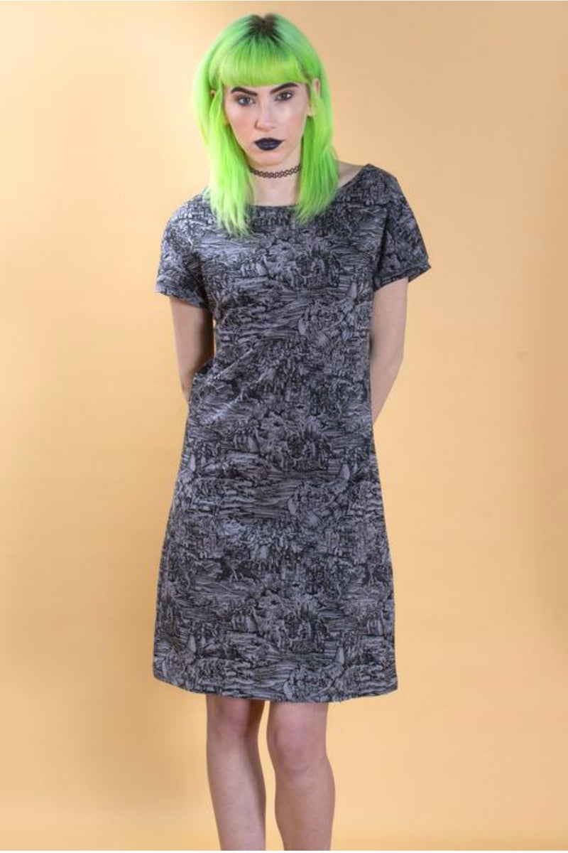 Pretty Snake Witch Shift Dress